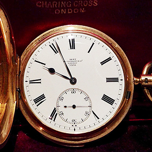 Sir Winston Churchill's 18CT gold pocket watch sells for £12000