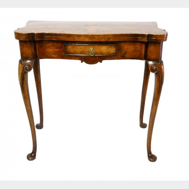 A 19TH CENTURY GEORGE II DESIGN FIGURED WALNUT FOLD OVER TEA TABLE